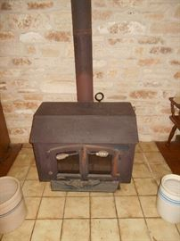 """Woodburning """"Sierra"""" heater for heating several rooms"""