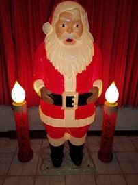 This Santa is at our sale coming up in Alsip, IL.