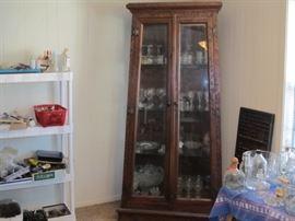 curio/ china cabinet. heavy glass