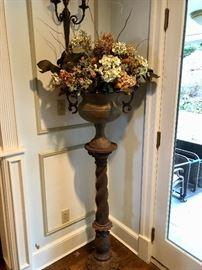 Home decor & florals