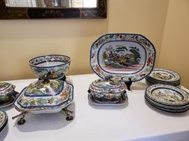 Many pieces platters, bowls, tureens rare masons patent ironstone china pattern name Mogul pattern
