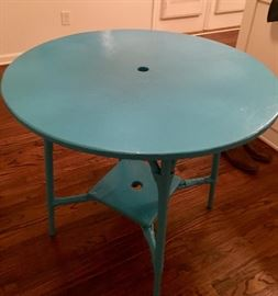 Blue Beachy Cottage Table