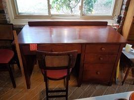 Bolton Furniture Desk https://ctbids.com/#!/description/share/77506
