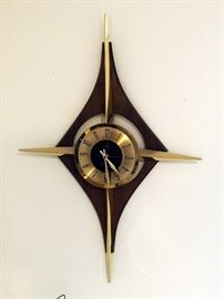 Welby Battery Powered Mid Century Modern Wall Clock With Matching Candle Sconces