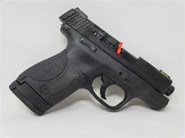 New Smith & Wesson M&P 40 Shield .40 Cal