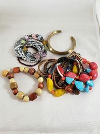 Bracelets, and more Bracelets    https://ctbids.com/#!/description/share/77097