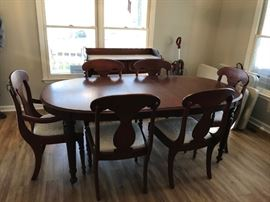 #1 Lexington dining table w 6 chairs and a leaf 63-78x44x 30  $550.00