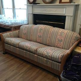 #3 southern manor hide a bed sofa cream peach flower 82 long  $45.00