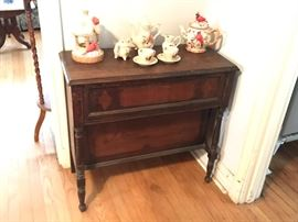 Antique wood table 50.00