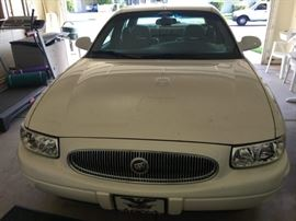 2001 Buick LeSabre Limited 29,000 miles 1 owner Car fax and service records     $7,000 first come first serve