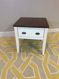 White Wood Top End Table