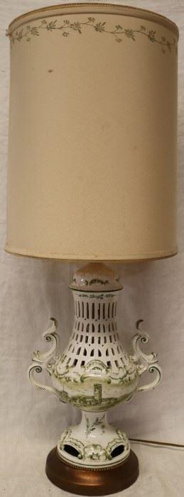 Capo-Di-Monte lamp