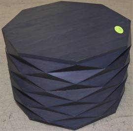 Guildmaster Coco table