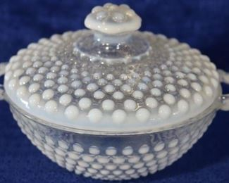 Fenton moonstone jar