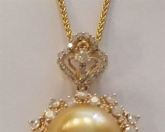 18K Pearl & diamond necklace App $7,615