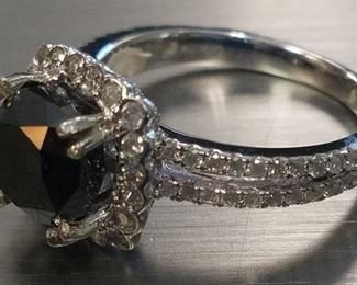 14K Black & White diamond ring App $6,325