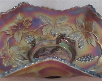 Grape & Wreath carnival dish