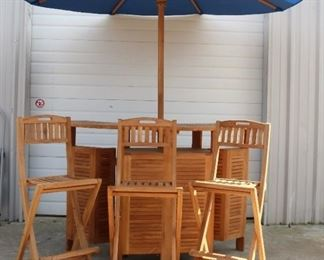 Teak bar with 3 chairs and Umbrella