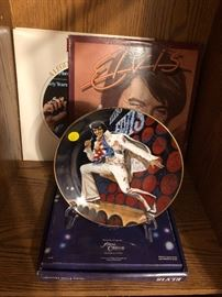 Elvis collectors plate with certificate, Elvis records