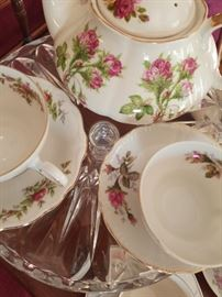 Accoutrements for High Tea