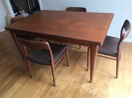 Danish modern teak expandable draw leaf dining table w/ 4 chairs