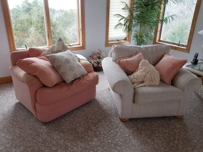 Comfortable swivel chairs