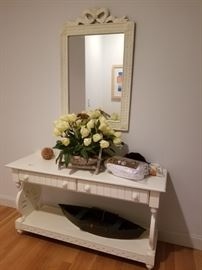 Stylish mirror; sorry - table is sold