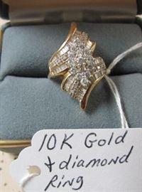 10K Gold & Diamond Ring