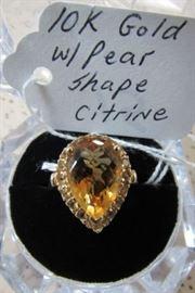 10K Gold w/Pear Shape Citrine Ring