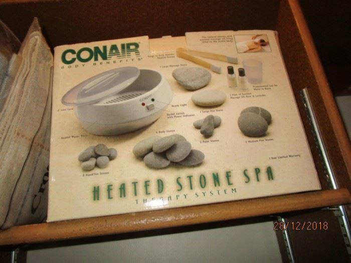 CONAIR HEATED STONE SPA