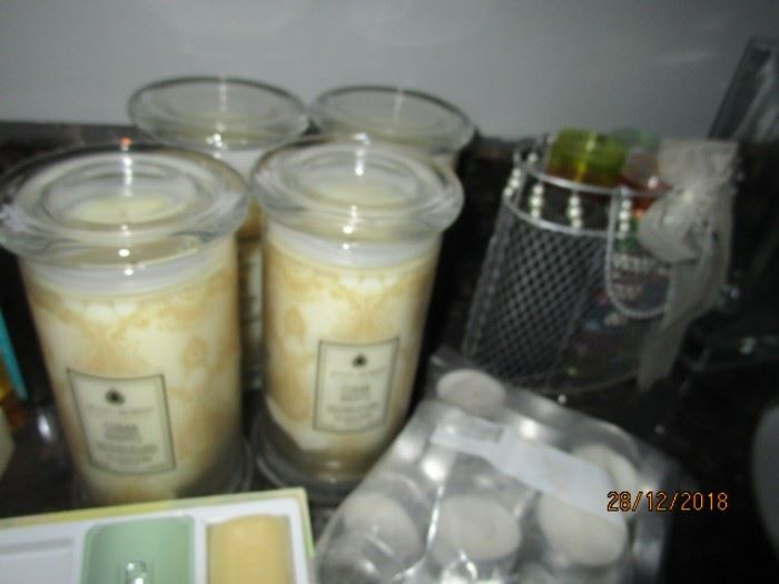 NEW JEWEL CANDLES