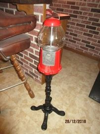GUM BALL MACHINE NEW (REMOVED FROM BOX FOR DISPLAY)