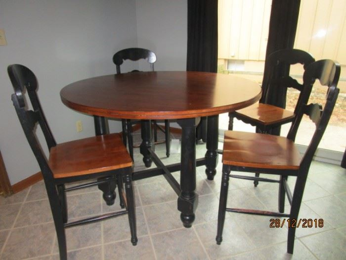 BISTRO STYLE TABLE WITH 4 HIGH CHAIRS