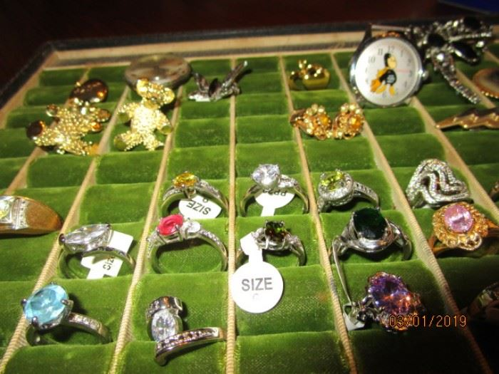 Rings with gemstones (new)