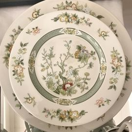 Royal Doulton 'Tonkin' 6 place settings