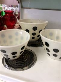 Vintage Fire King mixing bowls
