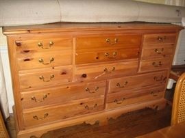 Pine mule chest