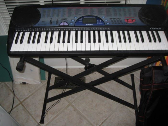 Casio keyboard CTK-471