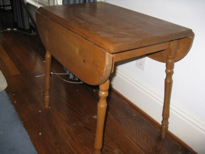 Small, child's (?) table