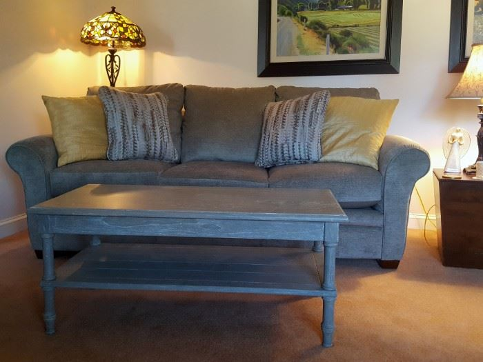 Like new-Lazboy   (Purchased in September)