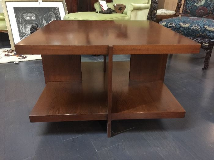 1990s Traditional Swartzendruber Fine Wooden Hand Crafted Coffee Table