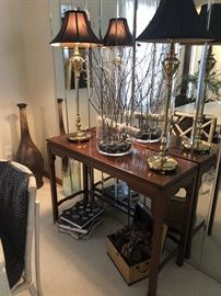 Beautiful Sofa table with pair of heavy Bob Miller Lamps