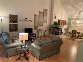Pretty Living Room set including 3 matching pieces; coffee table, end table and half moon wall table