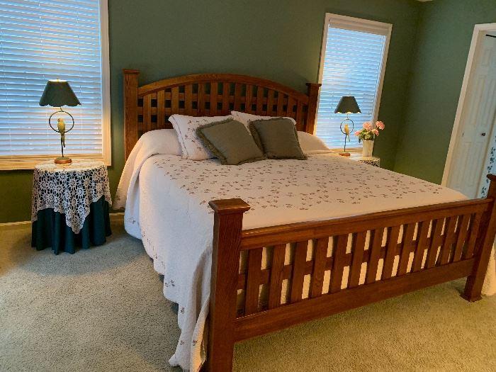 WOW!  Super nice King Size Bedroom Set