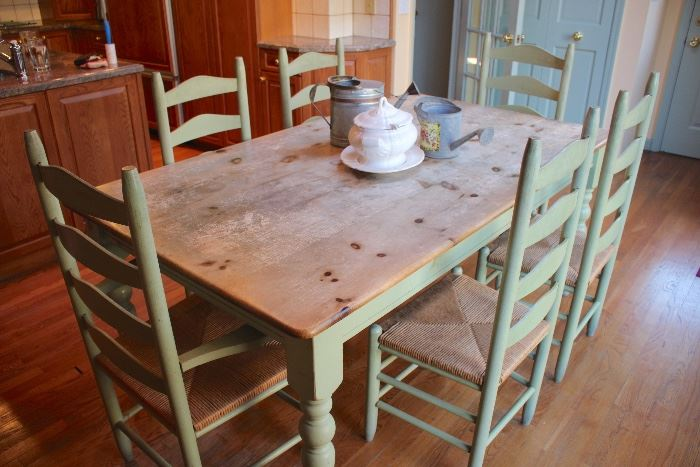 Farm Table with 6 Chairs and Kitchen Decorative