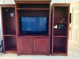 2 Curio's Flanking the TV Cabinet, (3 Separate Pieces)