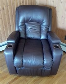 Lane Recliner w/ cup holders