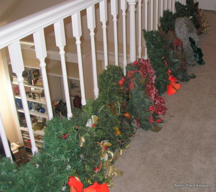 We have a wreath for every home
