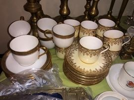 Gorgeous white/gold cups and saucers......
