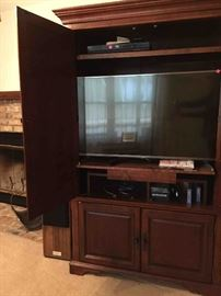 """L-G 49"""" Flat-Panel Television, includes Manuals"""